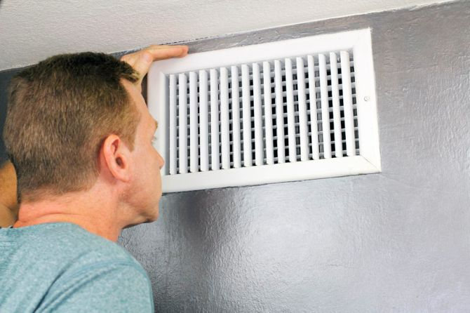 Dealing With Poor HVAC Circulation? How Duct Cleaning Can Help