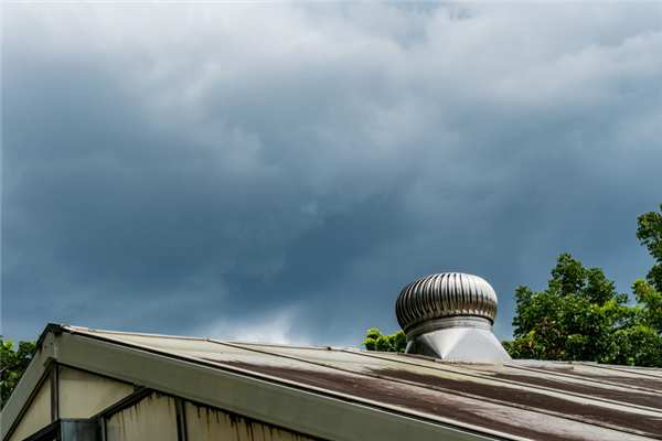 How is a Dryer Vent on a Roof Cleaned?