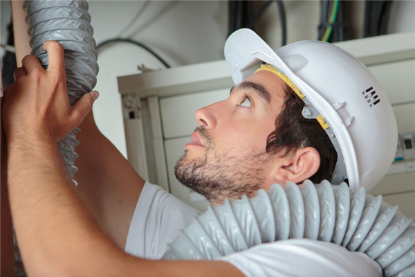Moving Into a New Home? Start With a Duct Cleaning